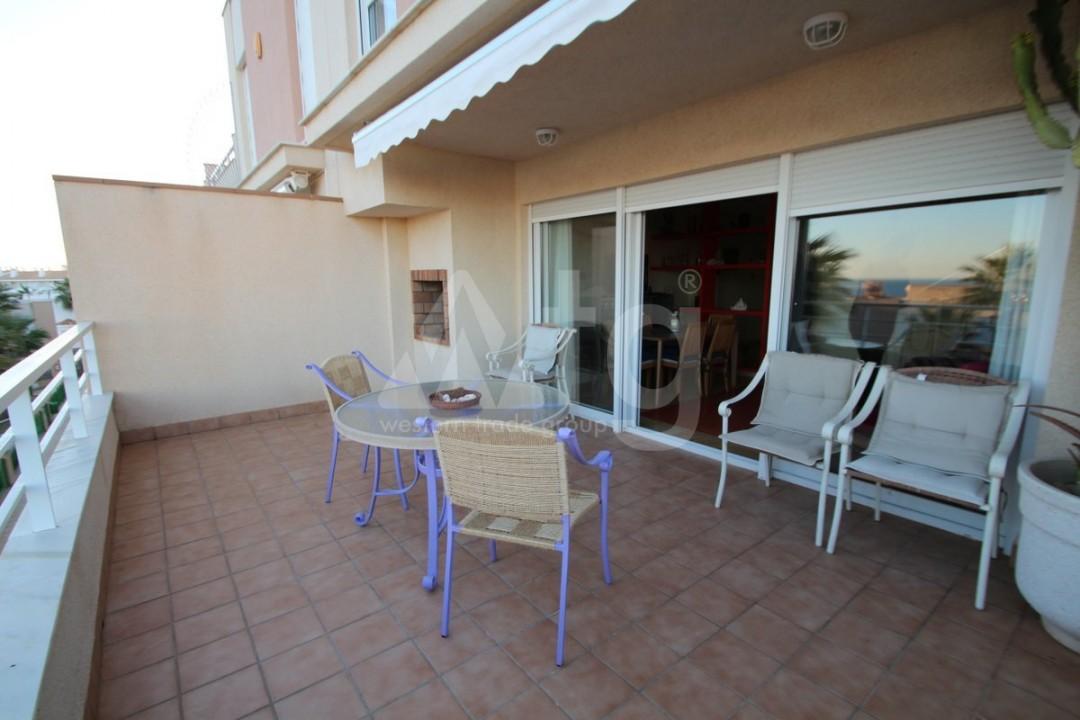 3 bedroom Apartment in Torrevieja  - W8703 - 4
