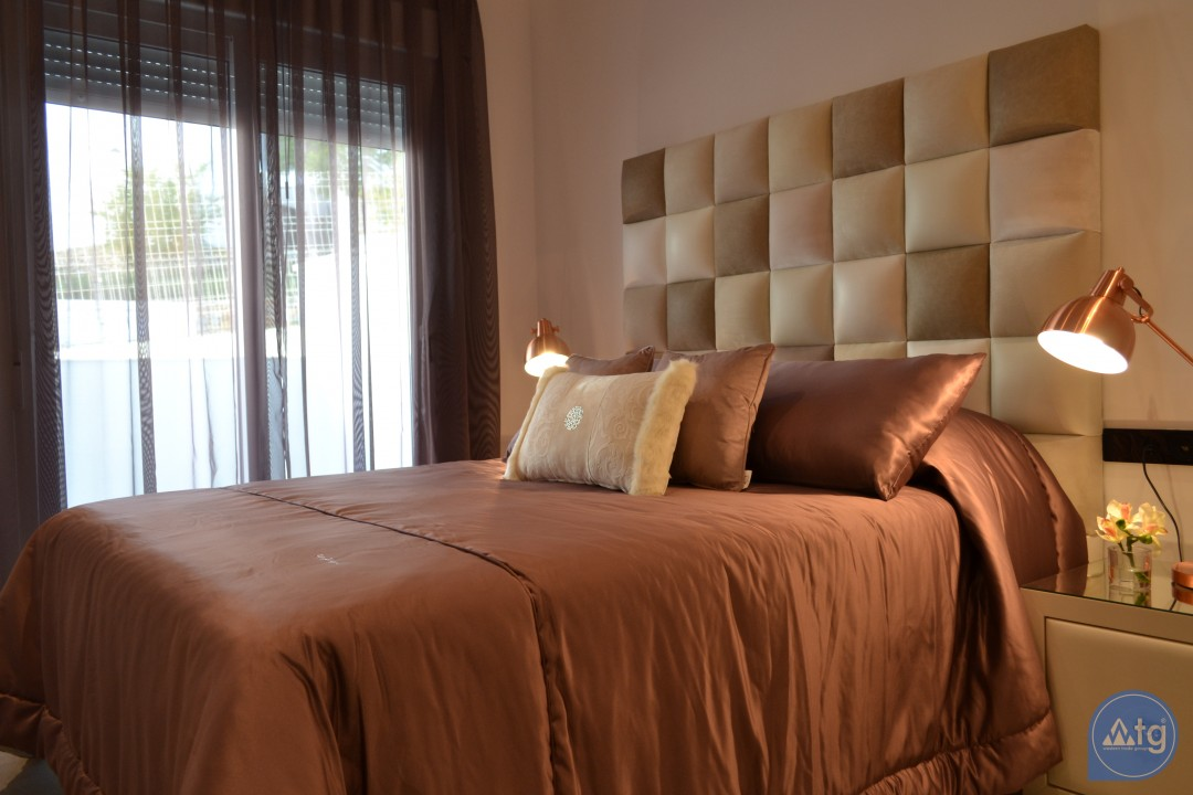 2 bedroom Apartment in Villamartin  - TRI114874 - 21
