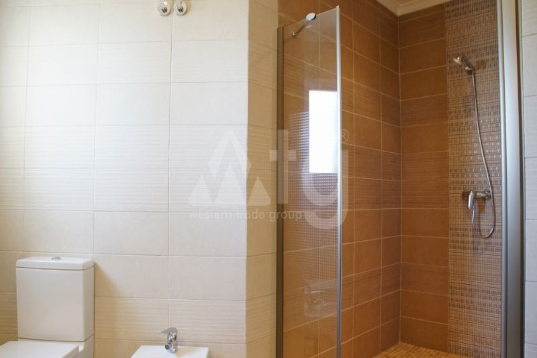3 bedroom Apartment in Villamartin  - TRI114868 - 21