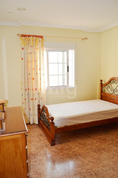 3 bedroom Apartment in La Mata  - W114938 - 11