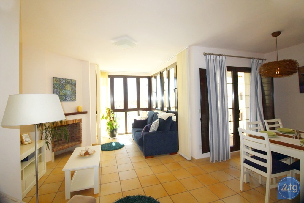 3 bedroom Apartment in Torrevieja - ARCR0270 - 10