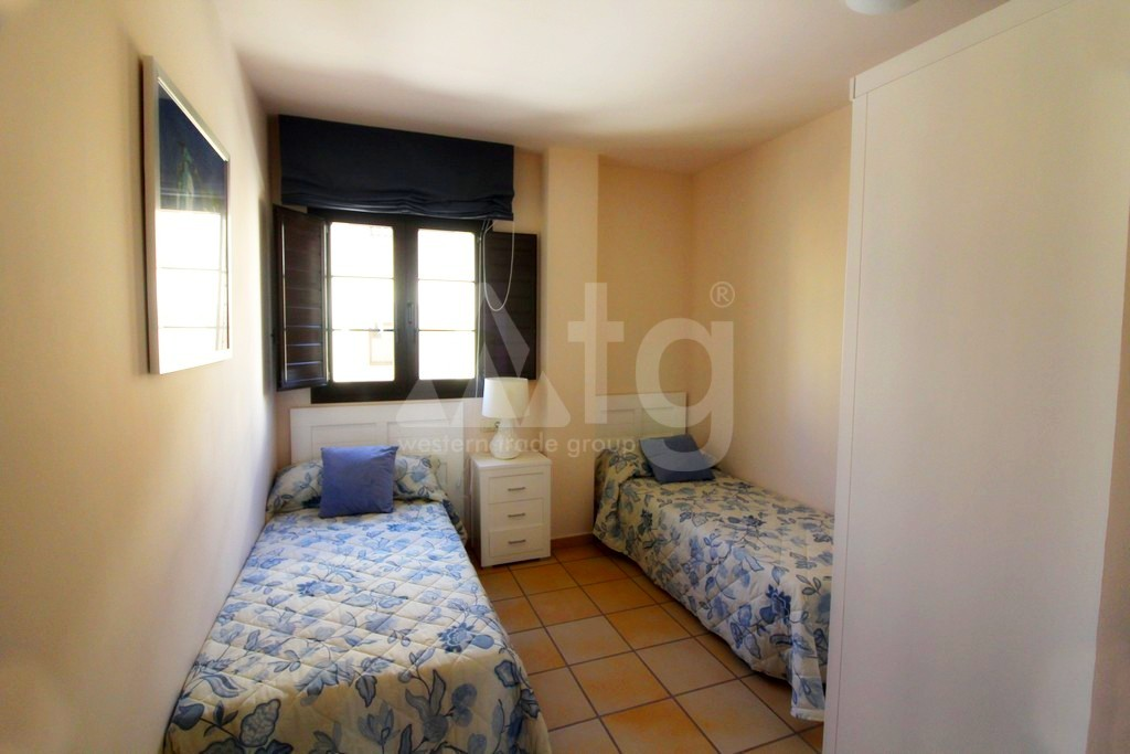 3 bedroom Apartment in Torrevieja - ARCR0270 - 17