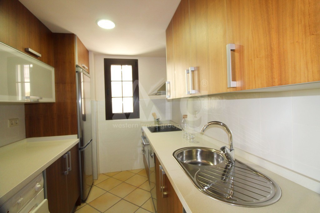 3 bedroom Apartment in Torrevieja - ARCR0270 - 18