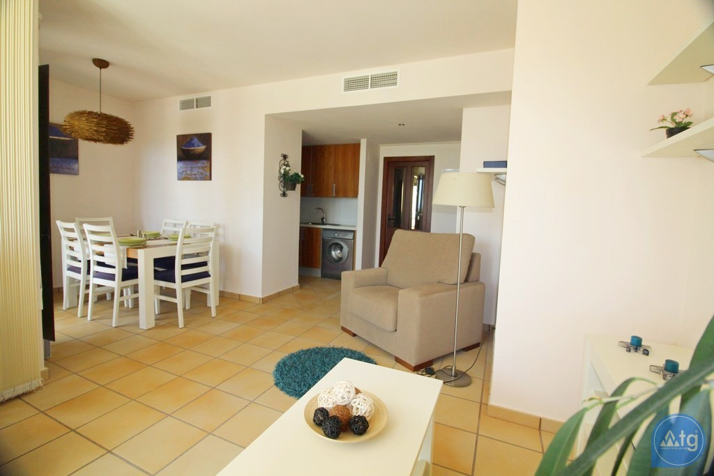 3 bedroom Apartment in Torrevieja - ARCR0270 - 22