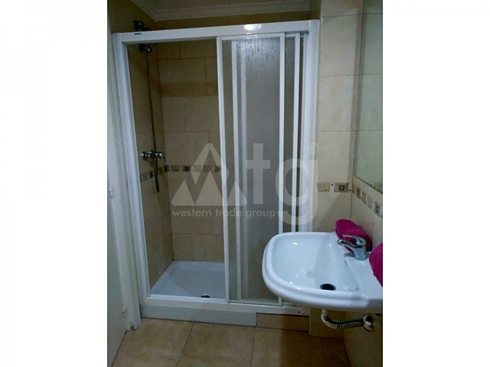 3 bedroom Apartment in Torrevieja - ARCR0270 - 29