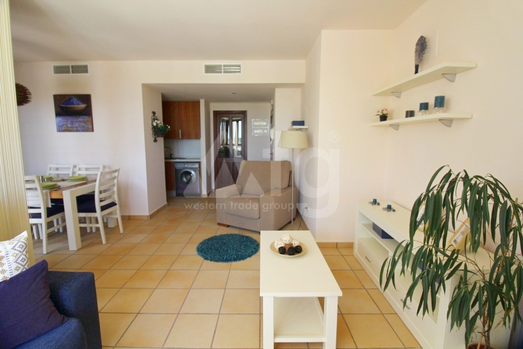3 bedroom Apartment in Torrevieja  - ARCR0270 - 9