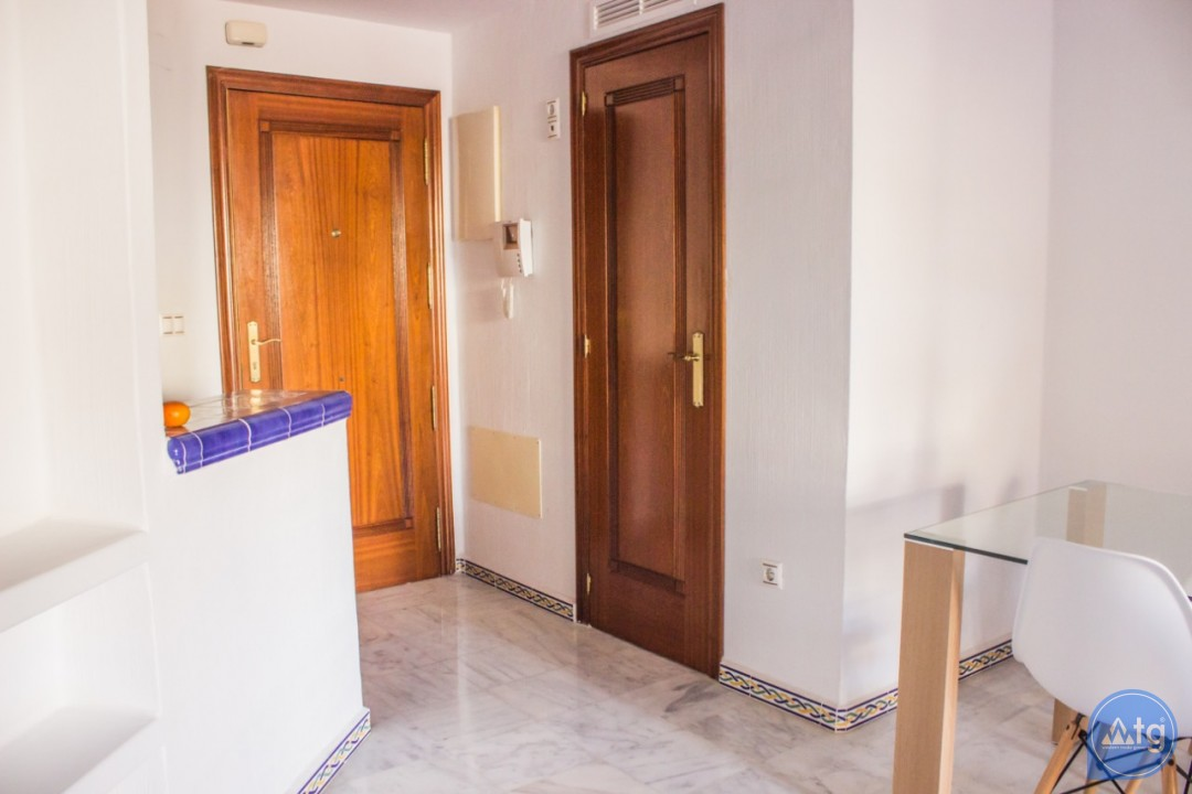 2 bedroom Apartment in Torrevieja - W8707 - 21