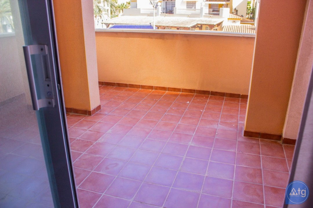 2 bedroom Apartment in Torrevieja - W8707 - 22