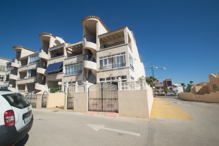 2 bedroom Apartment in Torrevieja - AGI8536 - 11