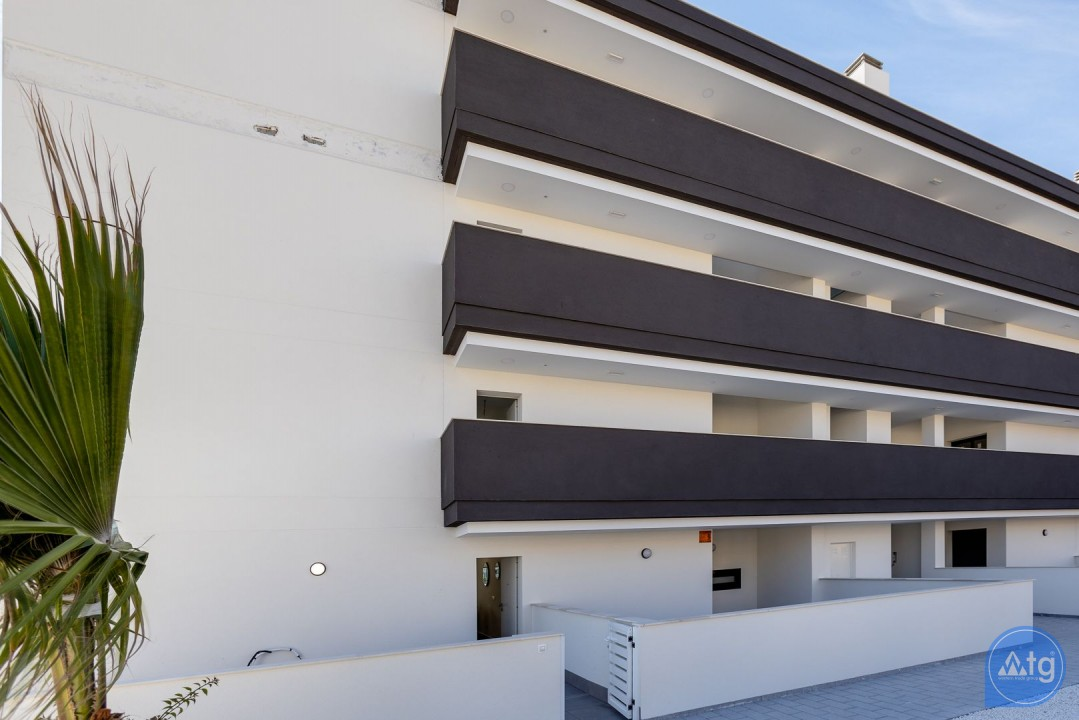 2 bedroom Apartment in Torrevieja  - AG6161 - 20