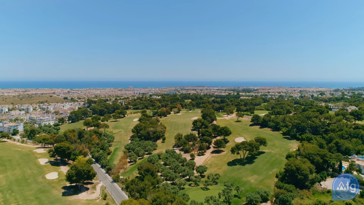 2 bedroom Apartment in Torrevieja  - AG6161 - 22