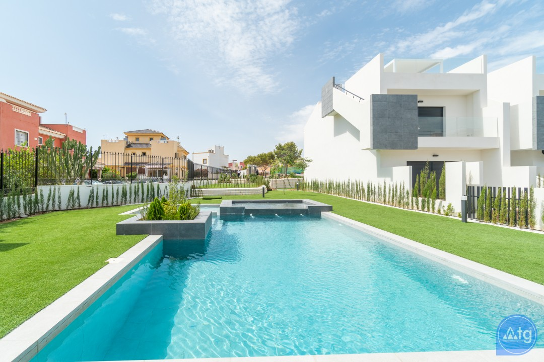 3 bedroom Apartment in Torrevieja - AG9545 - 2