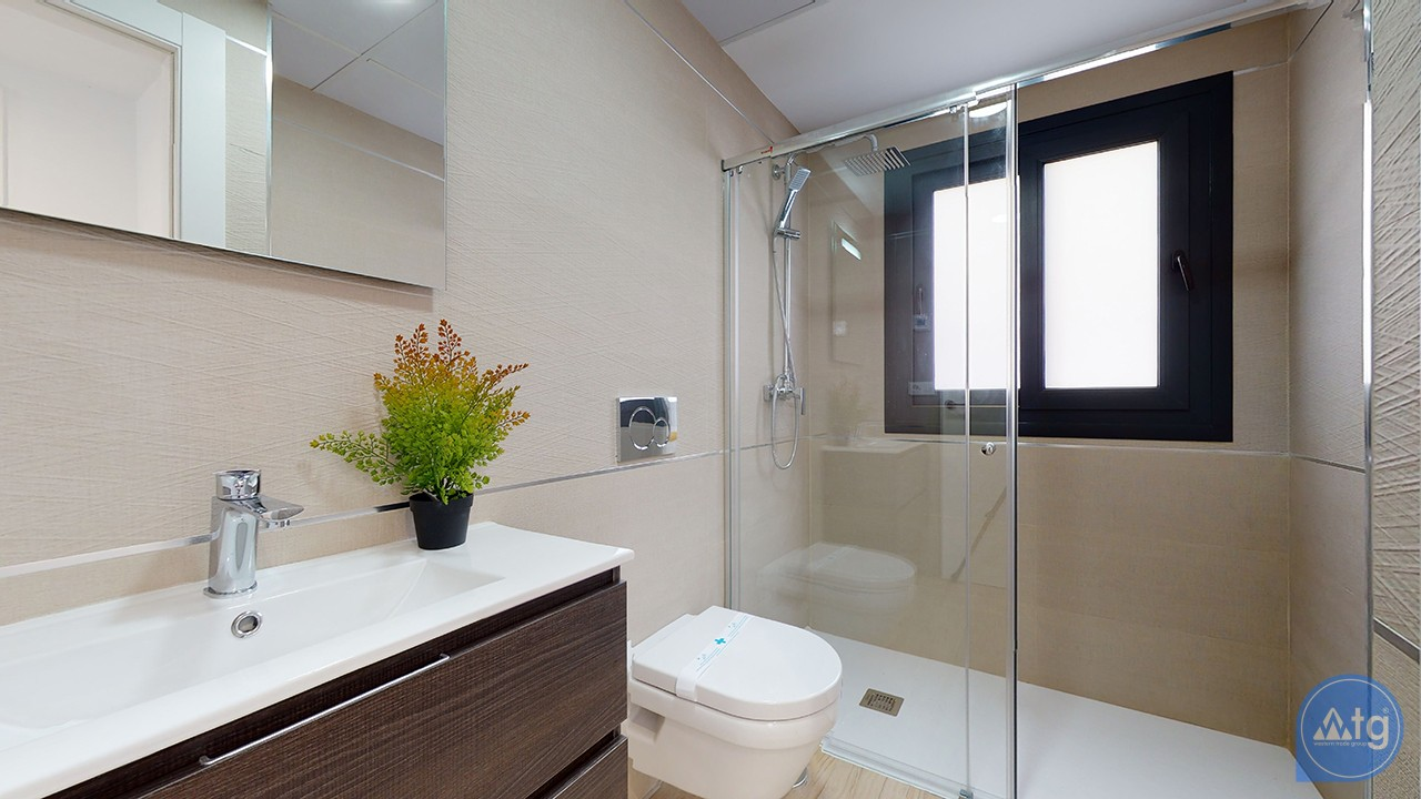 3 bedroom Apartment in Torrevieja  - AG9559 - 16
