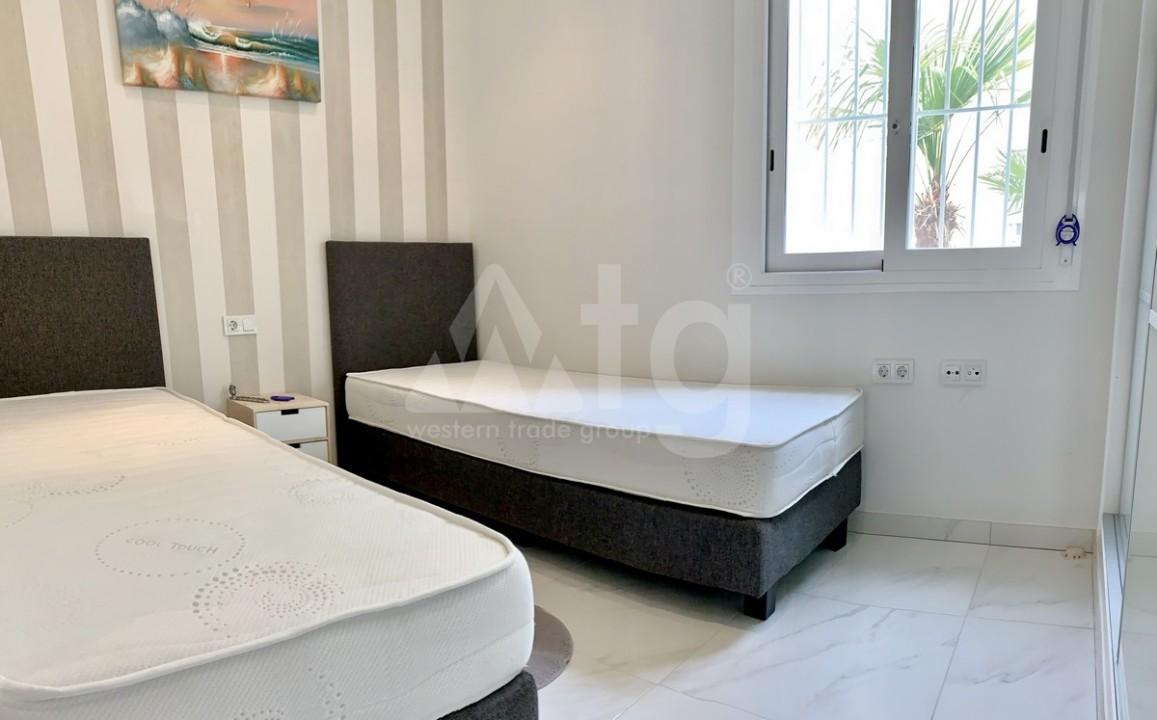 2 bedroom Apartment in Torrevieja  - GK115968 - 7