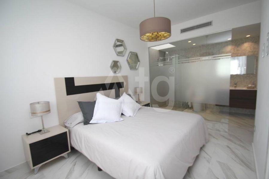 3 bedroom Penthouse in Villajoyosa - QUA8624 - 24