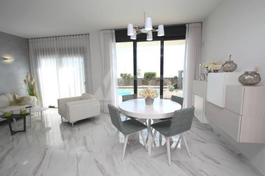 3 bedroom Penthouse in Villajoyosa - QUA8624 - 26