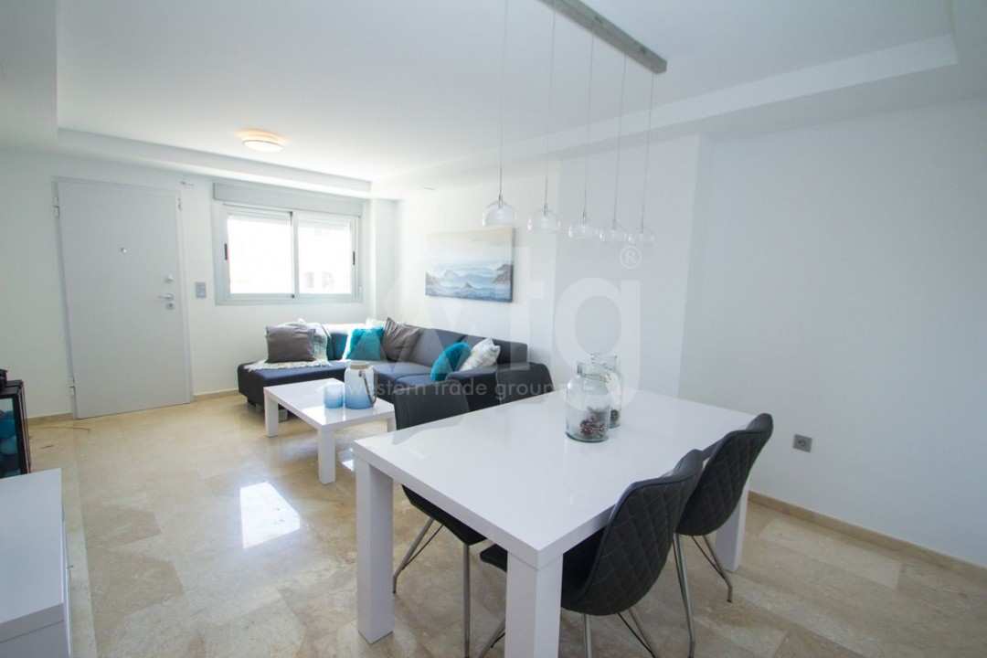 4 bedroom Apartment in Torrevieja  - AG773 - 10