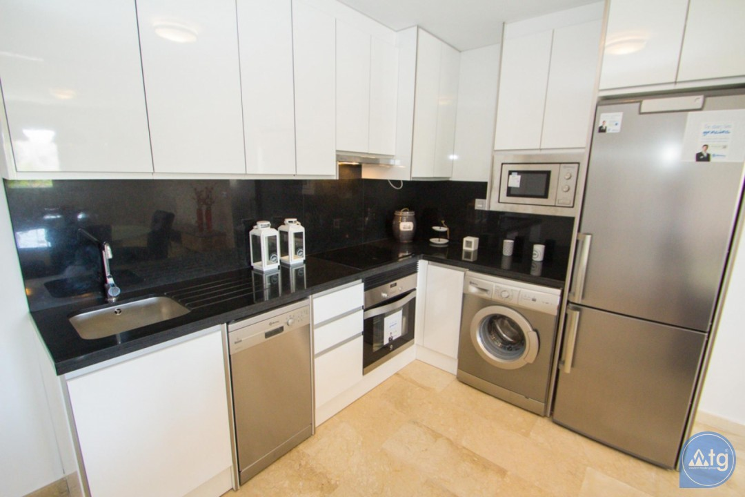 4 bedroom Apartment in Torrevieja  - AG773 - 11