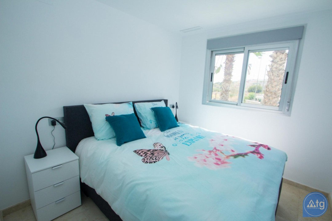 4 bedroom Apartment in Torrevieja  - AG773 - 13