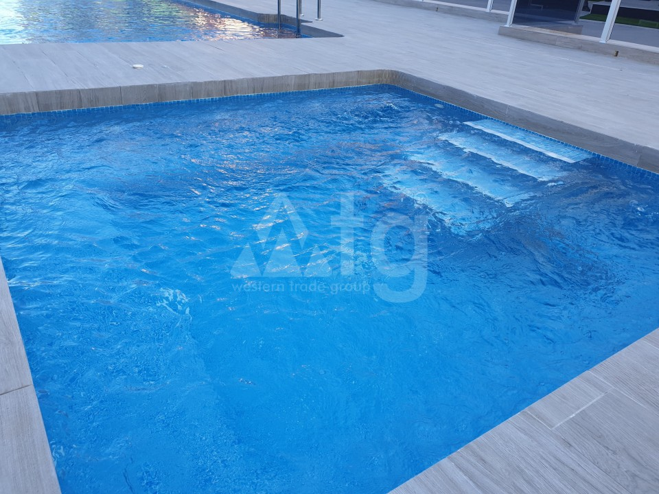 4 bedroom Apartment in Torrevieja  - AG773 - 5