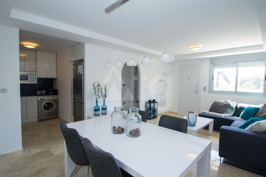 4 bedroom Apartment in Torrevieja  - AG773 - 8