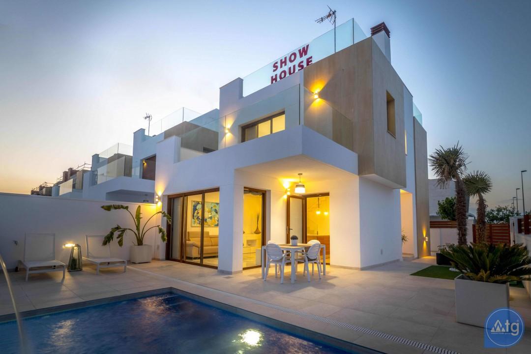 Appartement de 3 chambres à Torrevieja - ARCR0478 - 2
