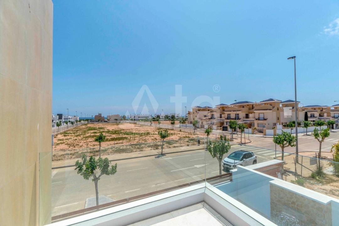 Appartement de 3 chambres à Torrevieja - ARCR0478 - 20