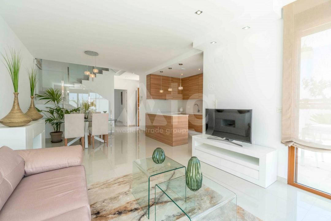 Appartement de 3 chambres à Torrevieja - ARCR0478 - 8