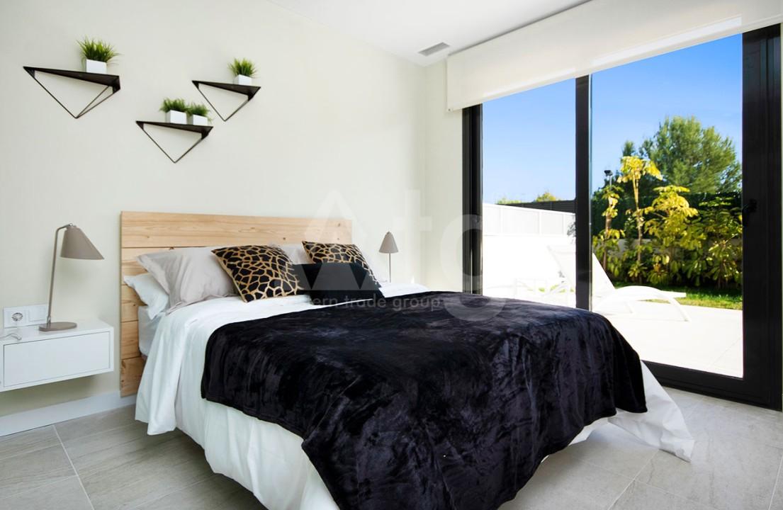 Appartement de 2 chambres à Torrevieja - CYM116015 - 17