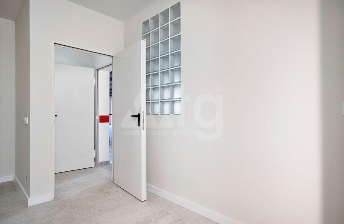 Appartement de 2 chambres à Torrevieja - CYM116015 - 22