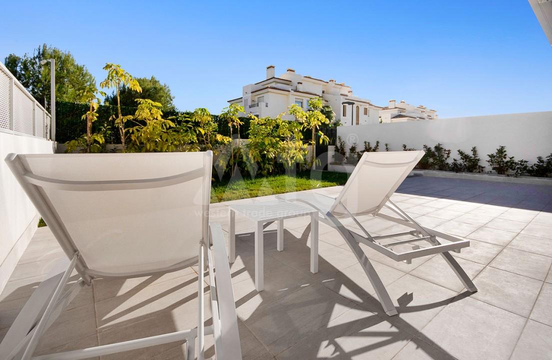 Appartement de 2 chambres à Torrevieja - CYM116015 - 24