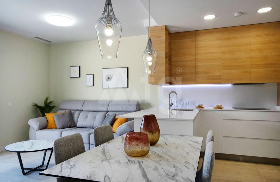Appartement de 2 chambres à Torrevieja - CYM116015 - 9