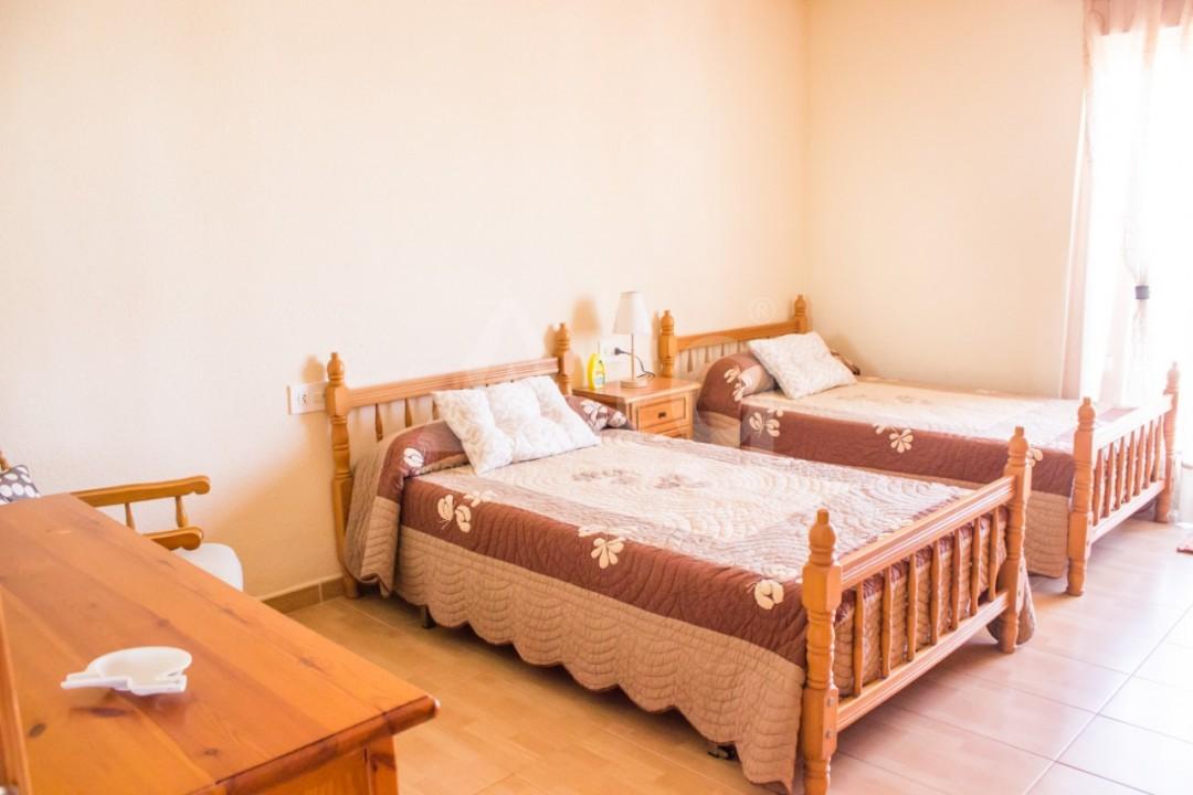 Appartement de 3 chambres à Torrevieja - W8706 - 10