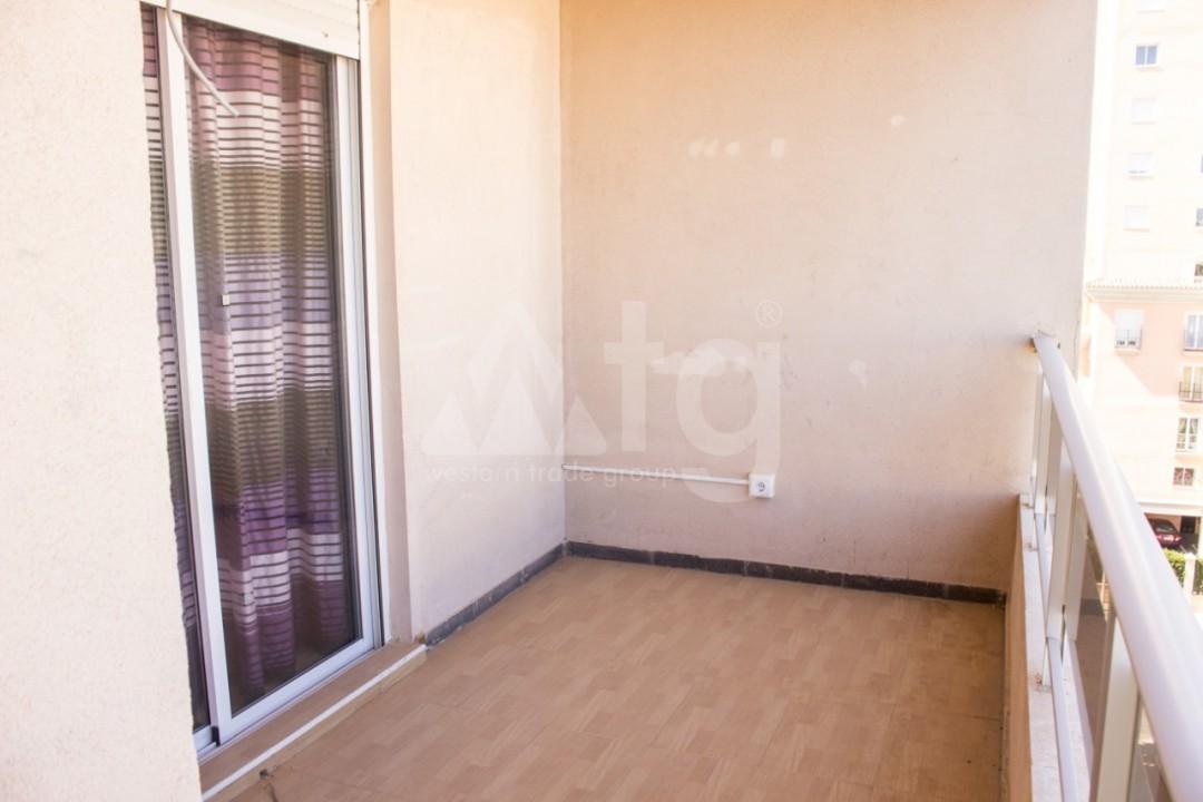 Appartement de 3 chambres à Torrevieja - W8706 - 15
