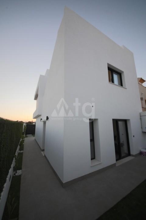 Appartement de 3 chambres à Alicante - IM8262 - 21
