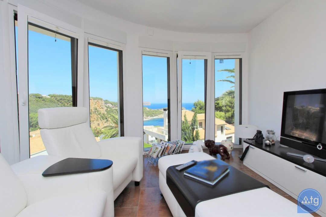 4 bedroom Villa in Villamartin  - MN6820 - 10