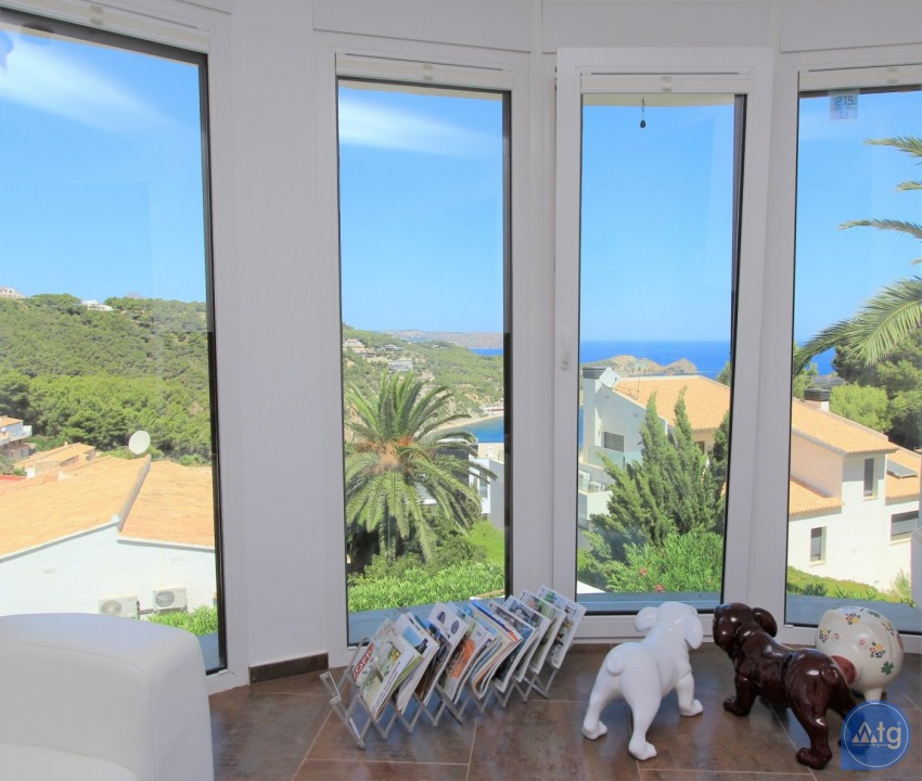 4 bedroom Villa in Villamartin  - MN6820 - 12