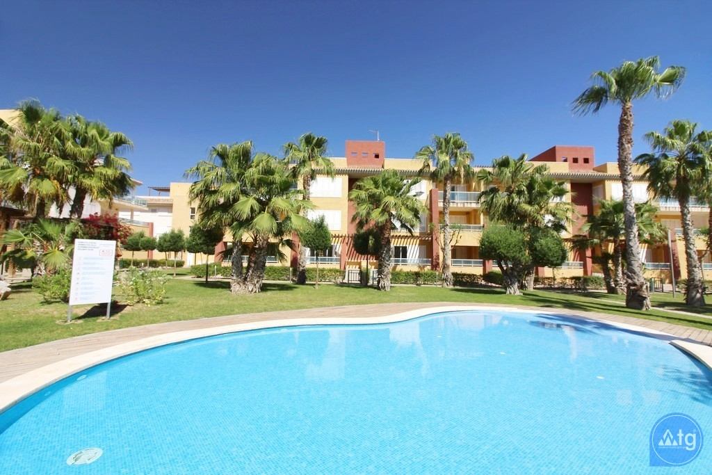 Beautiful Villa in Ciudad Quesada, 3 bedrooms, area 165 m<sup>2</sup> - CM5302 - 2