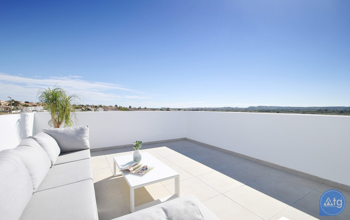 3 bedroom Villa in La Marina  - AT115169 - 17