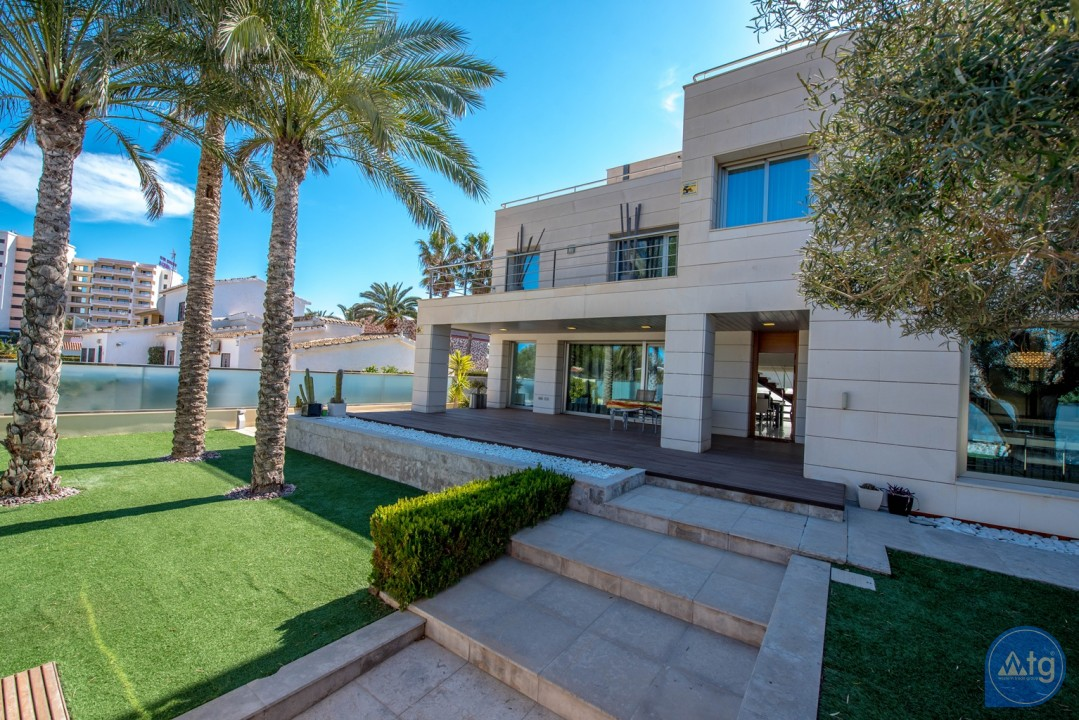 4 bedroom Villa in La Zenia  - B2157 - 36