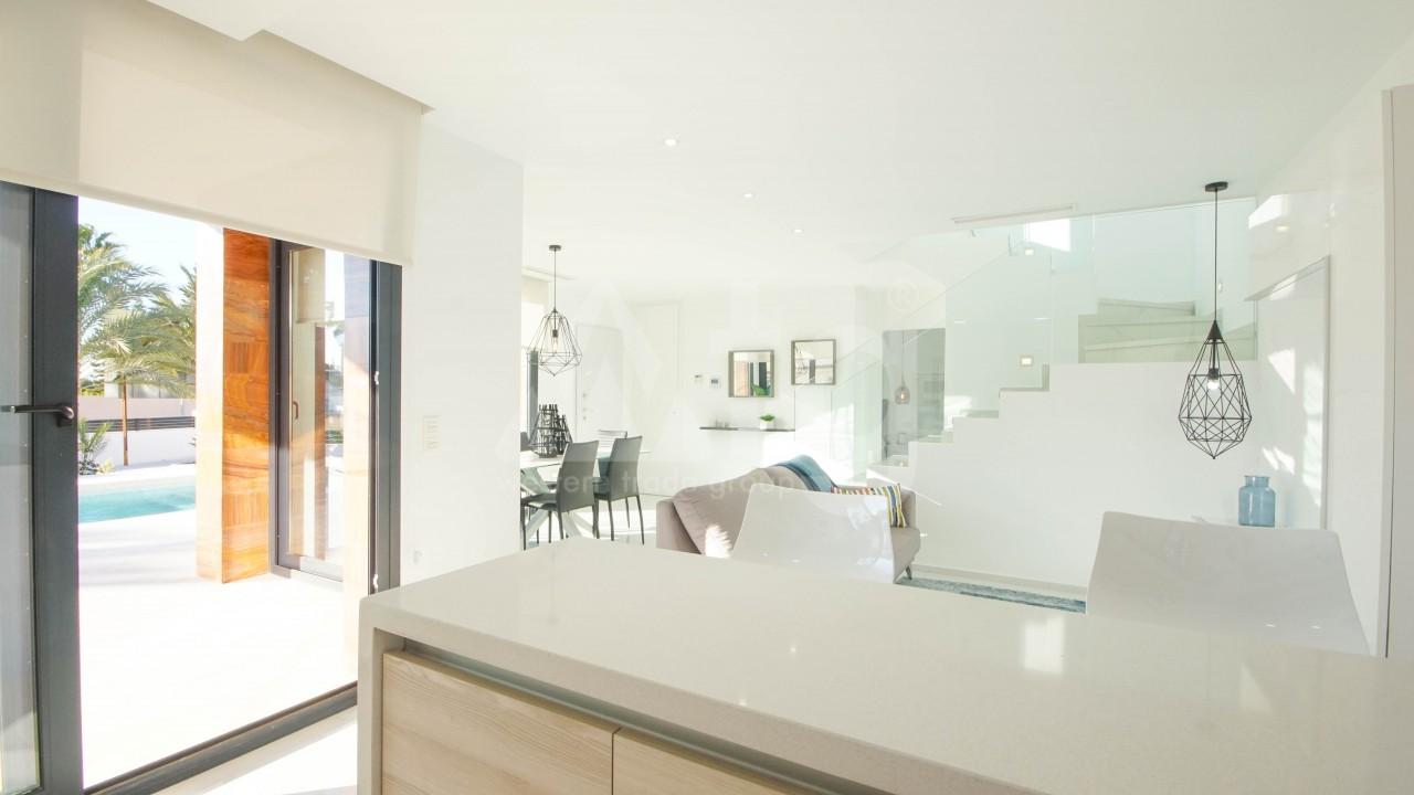 3 bedroom Villa in Torrevieja  - GVS114473 - 25