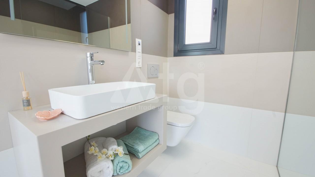 3 bedroom Villa in Torrevieja  - GVS114473 - 33