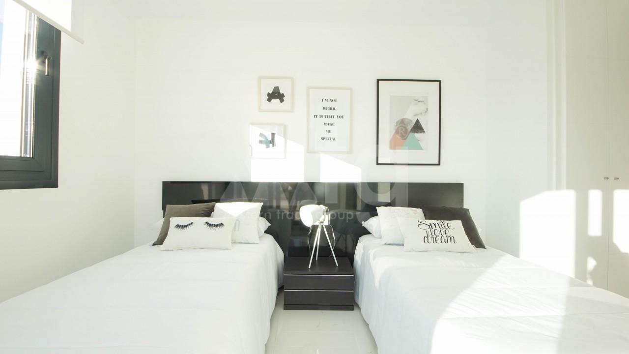 3 bedroom Villa in Torrevieja  - GVS114473 - 42