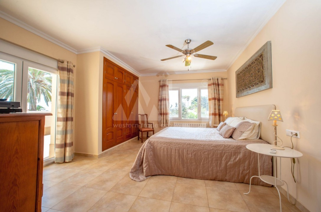4 bedroom Villa in Cabo Roig  - B1344 - 10