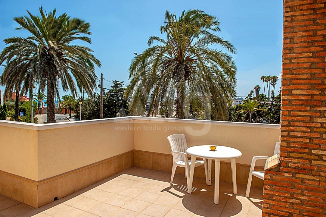 4 bedroom Villa in Cabo Roig  - B1344 - 19