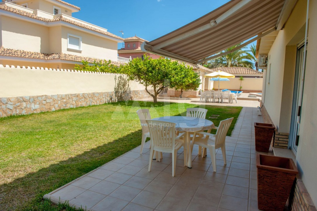 4 bedroom Villa in Cabo Roig  - B1344 - 21