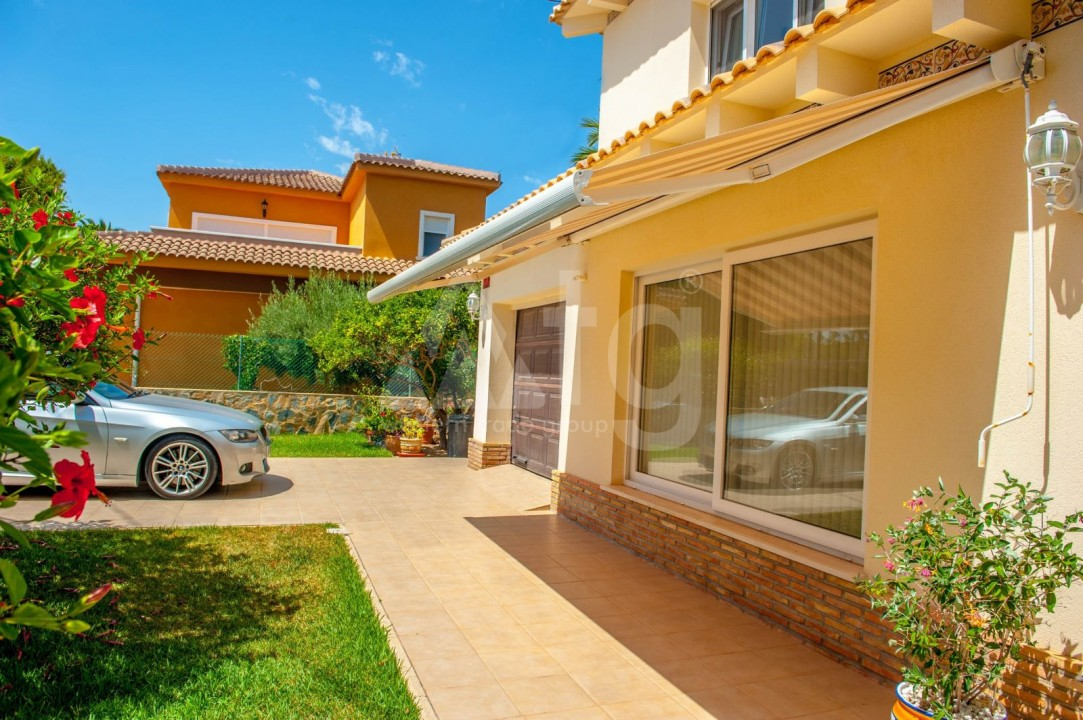 4 bedroom Villa in Cabo Roig  - B1344 - 26