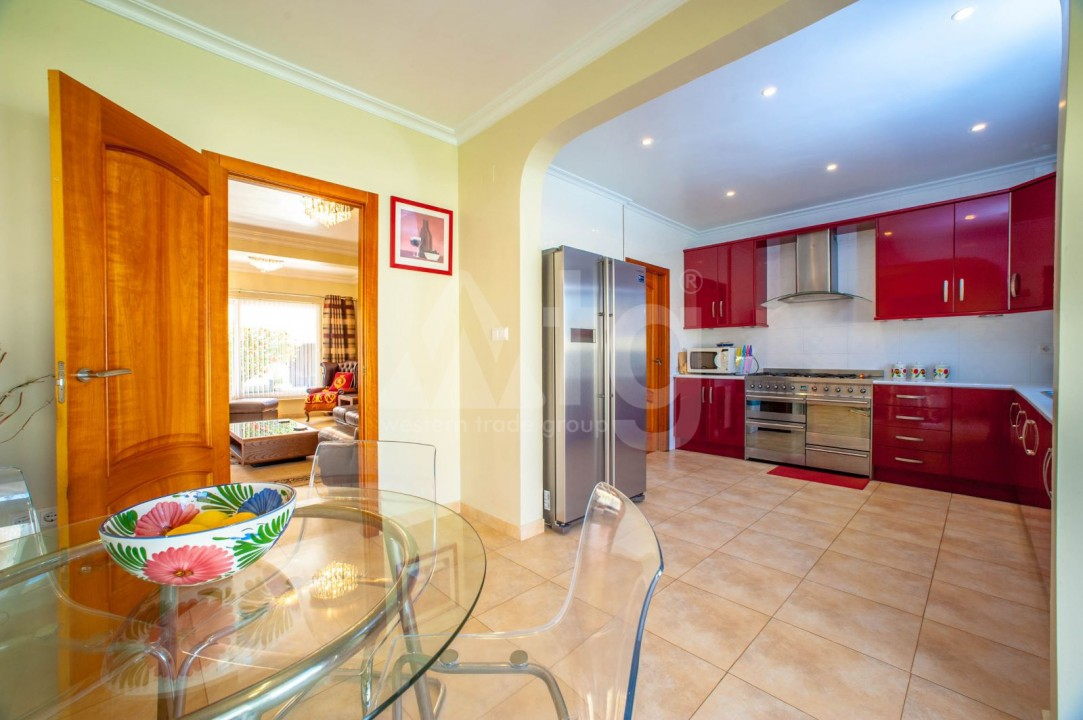 4 bedroom Villa in Cabo Roig  - B1344 - 8