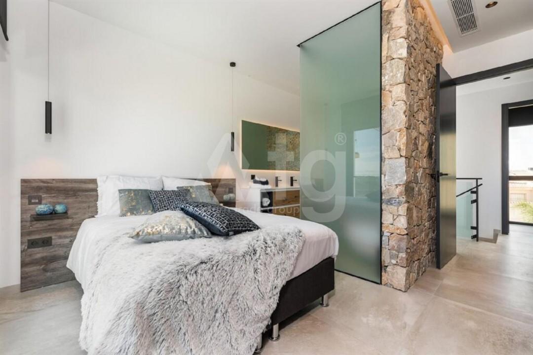 5 bedroom Villa in Torrevieja  - AG197 - 11