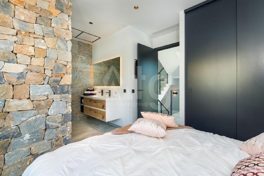 5 bedroom Villa in Torrevieja  - AG197 - 14